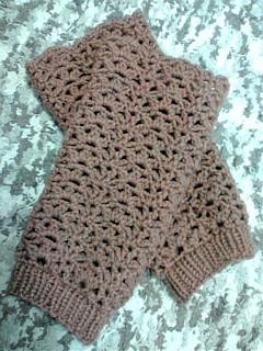 裾はゴム編み