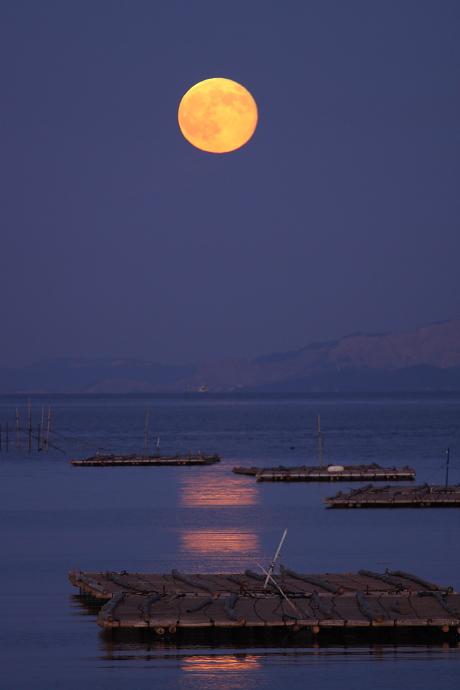 赤い満月2