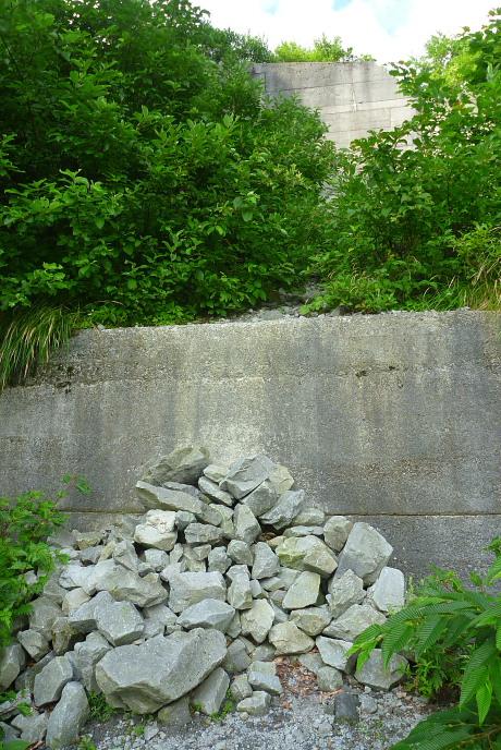 大堰堤手前の堰堤乗越点