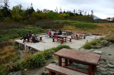 鏡平山荘2