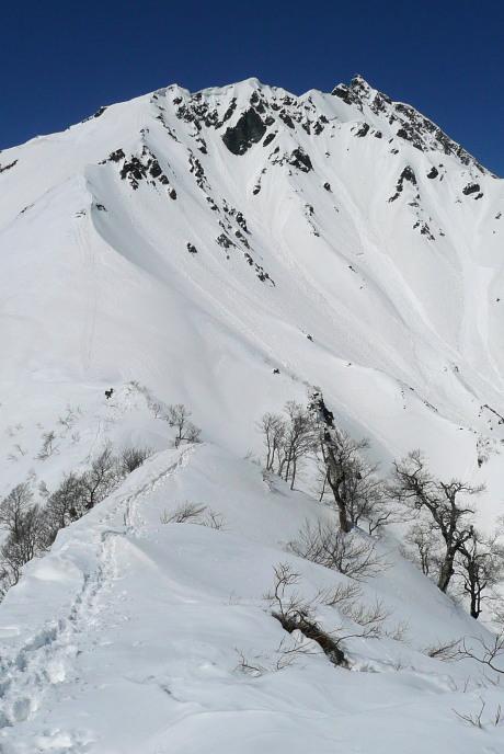 キリン峠からの東壁