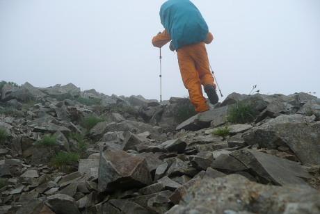 黒部五郎岳の山頂へ向けて