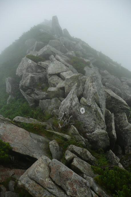 稜線ルートの巨岩2