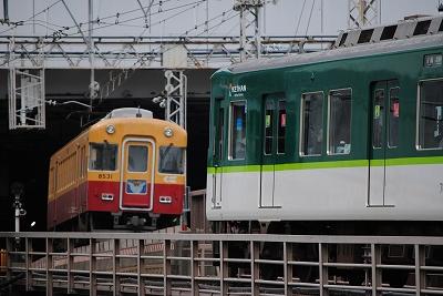 京阪251 016