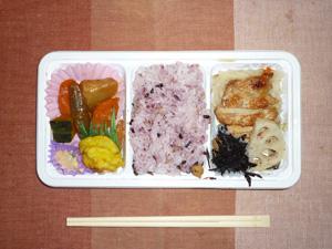 五穀米弁当(鶏塩麹焼き,五穀米,レンコン,ひじき,スイートポテト,煮物)