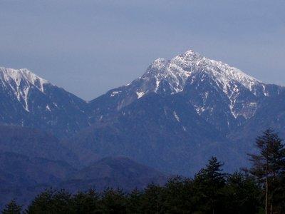 初春の甲斐駒ケ岳
