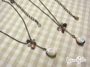 小さいマトリョーシカのネックレス
