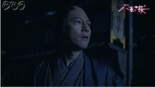 ただならぬ様子に気づいた桂小五郎、また逃げに徹する