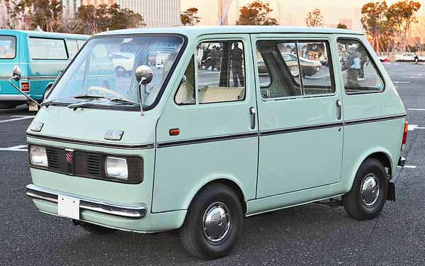 800px-Suzuki_Carry_Van_401.jpg