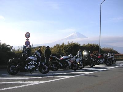 富士山をバックに!