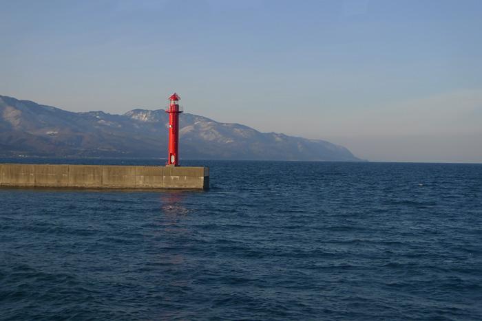 とうだい 灯台 佐渡 島 渡し船
