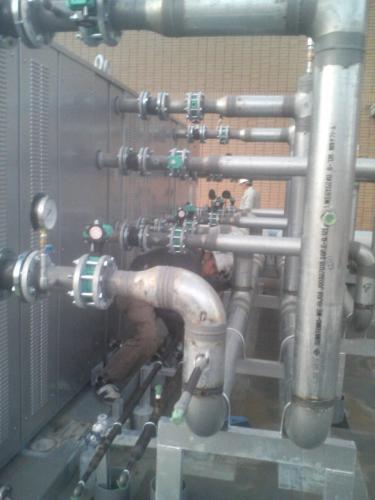 冷温水機工事3