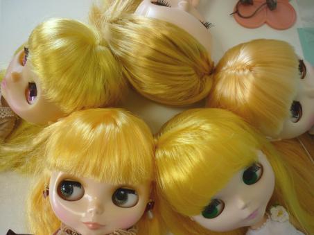 黄色の金髪娘達