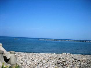 カフェ裏海3