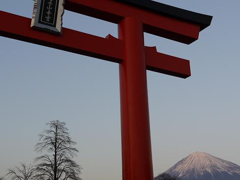 浅間大社と富士山1.9