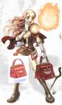 赤いスクウェアバッグ
