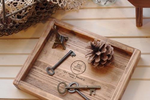アンティーク風な木製ミニトレー