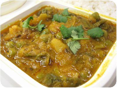 ネパール緑豆入りニンニク葉&ジャガイモ