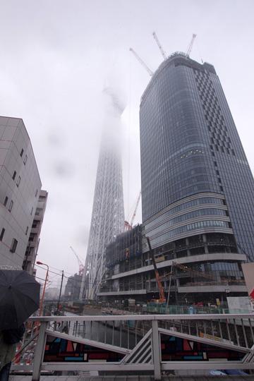 20110211_tokyo_skytree-01.jpg