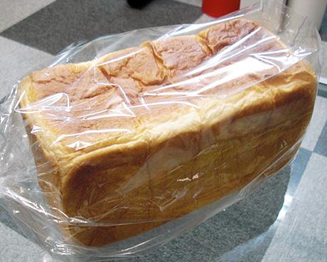 「手作りパン工房 トントンハウス」の卵・乳製品を使っていない食パン