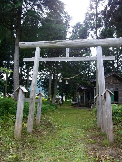 土沢神社・鳥居