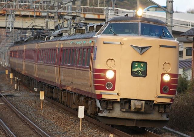101225-JR-W-183-monju-shimamoto-1.jpg