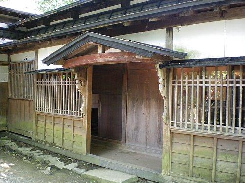 小野田家玄関