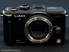Panasonic LUMIX DMC-GF1 レンズなし