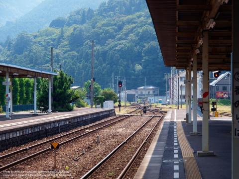 阿波池田駅のホームからの景色