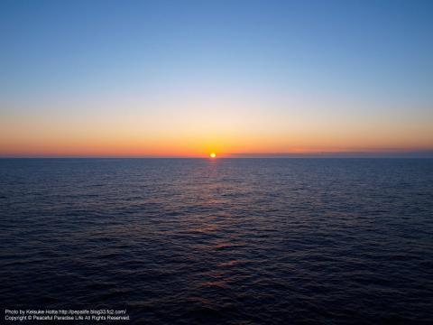 太平洋上の日の出