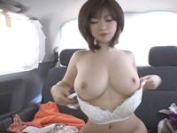 爆乳オッパイ販売員とのAVセックス撮影交渉成立!