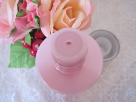 高保湿浸透化粧水で 肌水分量が上がる ハリ、潤いが持続!