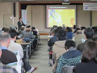 冨田先生から詳細な説明を頂き「石切・石引」を研修