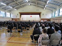 1年生・105名による入学式