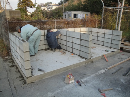 ゴミ置き場移設~コンクリートブロック積み