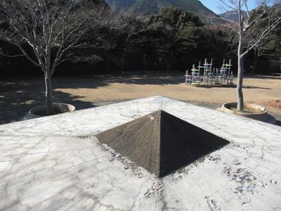 公園内の四阿屋根補修~完了