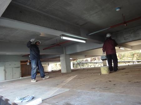 駐車場天井補修~ほぼ完了