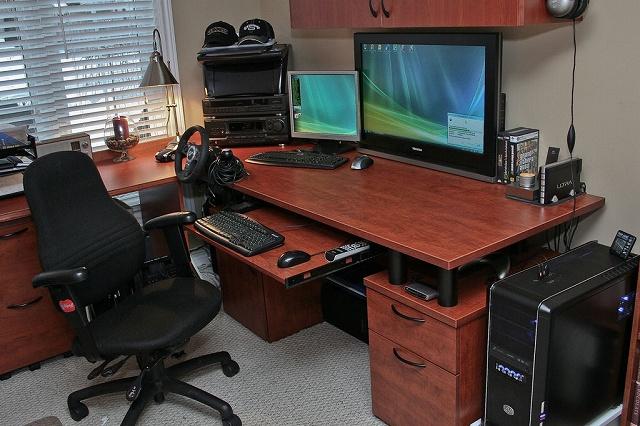 Desktop12_101.jpg